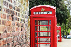 Londen Rode telefooncel op de straat Royalty-vrije Stock Foto