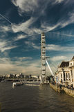 London öga över flodThemsen Arkivfoton