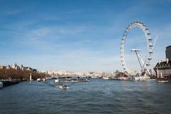 London öga - Themsen Arkivfoto