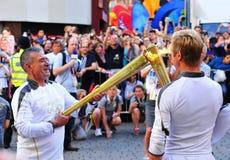 London 2012 olympische Fackelstützen Lizenzfreie Stockfotos
