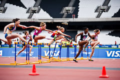 London 2012 Prüfungsereignisse: 100m Hürden   Stockbilder
