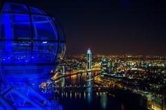 London-Augenkapsel in der Nacht lizenzfreie stockbilder