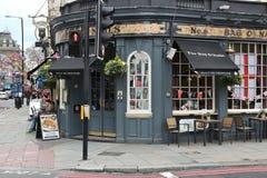 London bar royaltyfria foton
