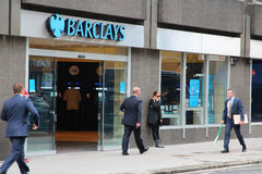London - Barclays-Querneigung Stockfoto