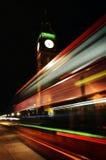 London, Big Ben, Bus in der Bewegung Lizenzfreies Stockbild