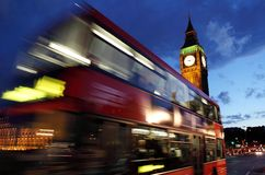 London Big Ben and red bus at night Royalty Free Stock Photos