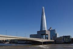 London Brücke und Southwark Stockfotos