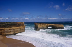 London Bridge. (or London Gap) rock formation on Australia's Great Ocean Road Royalty Free Stock Photos