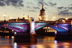 London bridge and cathedral at night Stock Photos