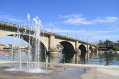 USA, Arizona/Lake Havasu City: London Bridge. London Bridge in Lake Havasu is a historic British bridge rebuilt in America with original stones. The bridge Stock Images