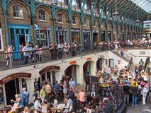 London, Covent Gardens shopping and amusement area Royalty Free Stock Photography