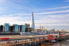 LONDON DECEMBER 12: Finansiellt område av London, Förenade kungariket på 12 December, 2011 under tidig vinter Arkivfoto