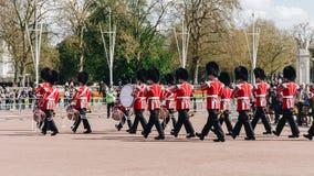London, England - 4. April 2017 - das Ändern des Schutzes an B Stockfotografie
