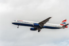 LONDON, ENGLAND - AUGUST 22, 2016: G-MEDL British Airways Airbus A321 Landing in Heathrow Airport, London. Royalty Free Stock Images