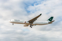 LONDON, ENGLAND - AUGUST 22, 2016: 4R-ALN Pakistan International Airlines SriLankan Airlines Airbus A330 Landing in Heathrow Airpo. Airplane is Landing in London Royalty Free Stock Photography