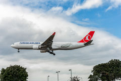LONDON, ENGLAND - AUGUST 22, 2016: TC-LND Turkish Airlines Airbus A330 Landing in Heathrow Airport, London. Royalty Free Stock Photos