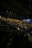 LONDON ENGLAND - DECEMBER 02: Gäster deltar i den Victoria's Secret modeshowen 2014 Front Row & Pre-coctail mottagande Arkivfoto
