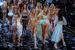 LONDON, ENGLAND - DECEMBER 02: Models during 2014 VS Fashion Show finale Stock Photos
