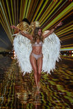 LONDON, ENGLAND - DECEMBER 02: Victoria's Secret model Doutzen Kroes walks the runway Royalty Free Stock Images