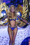 LONDON, ENGLAND - DECEMBER 02: Victoria's Secret model Lindsay Ellingson walks the runway Royalty Free Stock Image