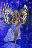 LONDON, ENGLAND - DECEMBER 02: Victoria's Secret model Lindsay Ellingson walks the runway Royalty Free Stock Photo