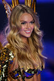 LONDON, ENGLAND - DECEMBER 02: Victoria's Secret model Lindsay Ellingson walks the runway Royalty Free Stock Images