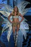 LONDON, ENGLAND - DECEMBER 02: Victoria's Secret model Lindsay Ellingson walks the runway Stock Photo
