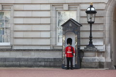 LONDON, ENGLAND- JUNE 19, 2011: Sentry Of The Grenadier Guards P Royalty Free Stock Photo
