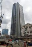 LONDON ENGLAND - JUNI 18 2016: Byggnad av Bank of England i stad av London Arkivbild