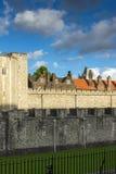 LONDON ENGLAND - JUNI 15 2016: Historiskt torn av London, England Royaltyfria Foton