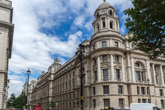LONDON ENGLAND - JUNI 16 2016: Whitehall gata, stad av London, England Royaltyfri Bild