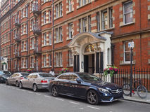 London, expensive cars and apartments Royalty Free Stock Photo