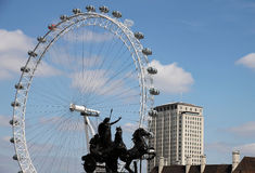 London Eye and Chariot sculpture Stock Photos