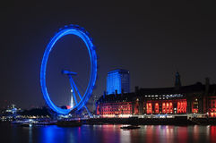 London eye. Modernity in the old center of London Royalty Free Stock Photos