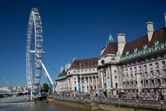 London Eye outside County Hall Royalty Free Stock Photos