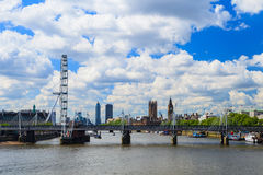 """LONDON FÖRENADE KUNGARIKET †""""23 MAJ 2016: Det London ögat är tallesna Fotografering för Bildbyråer"""