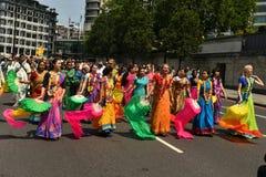24/06/2018 London Förenade kungariket Älskvärda färger på gatorna Arkivbild