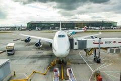 LONDON FÖRENADE KUNGARIKET - AUGUSTI 19, 2014: Brithis flygbolag Boeing Arkivfoto