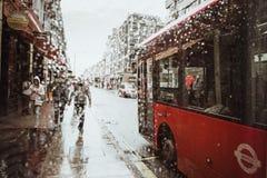 London Förenade kungariket - Augusti 18, 2017: Gatorna av London Fotografering för Bildbyråer