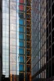 London Förenade kungariket - Juli 2017: London byggnader under den öppna dagen i london Royaltyfri Bild