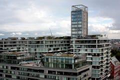 London Förenade kungariket - Juli 2017: London byggnader under den öppna dagen i london Arkivfoto