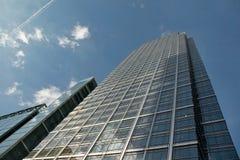 London Förenade kungariket - Oktober 10, 2006: Offic exponeringsglas och stål Fotografering för Bildbyråer