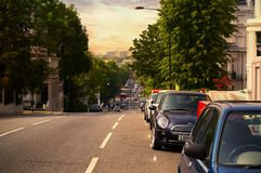 London fantastisk gata med trevlig himmel Royaltyfri Fotografi