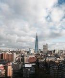 London-Gebäude mit der Scherbe Lizenzfreie Stockfotos