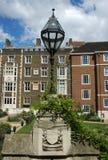London-Gebäude und Laterne Lizenzfreie Stockfotografie