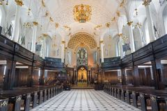 LONDON, GREAT BRITAIN - SEPTEMBER 16, 2017: The nave of church St Clement Danes.  royalty free stock photography