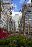 LONDON, Großbritannien - CANARY WHARF, am 22. März 2014 West-Indien-Allee Stockfoto
