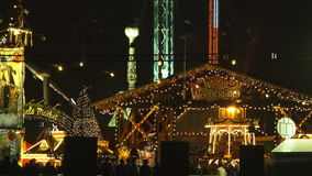 London, Großbritannien - Dezember, 16 : Hyde Park, Winterwonderland stock footage