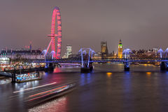 London, Großbritannien - 13. Dezember 2016: London-Skyline nachts Lizenzfreies Stockbild