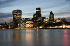 London Großbritannien, majestätische ikonenhafte London Wolkenkratzer 20 Fenchurch-Straße, Leadenhall, 30 St. Mary Axe- oder Essi Stockfoto
